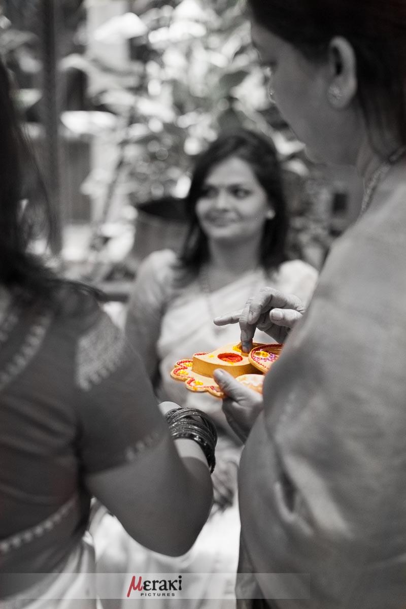 006-_MG_1543-maithili-ajinkya-engagement-portfolio
