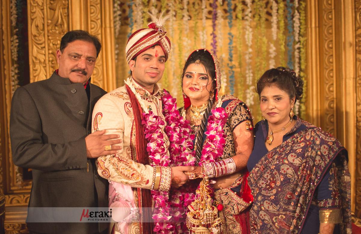 015-_P3_4440-Twinkle_Vishal_Wedding_Website
